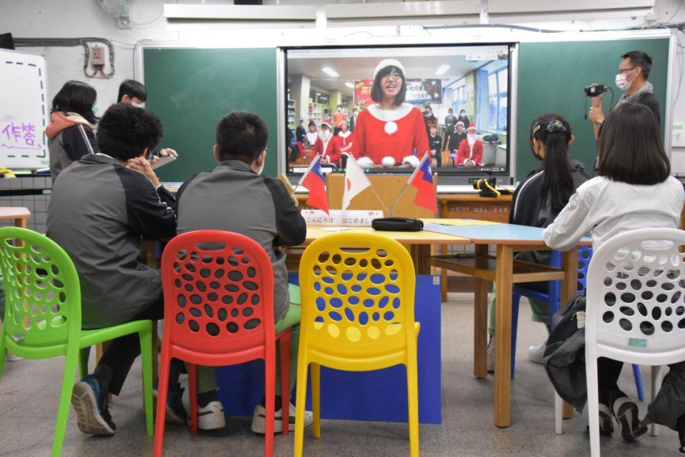 突破疫情限制 北投國中遠端視訊日本姊妹校進行線上交流代表照片